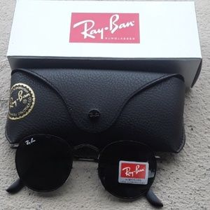 Brand New All Black RayBan Metal Rounds 50mm
